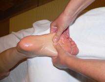 Масаж на стъпалата помага при рак и диабет