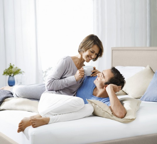 Traditional Pillow Couple_Model