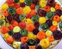 Торта с розички от тиквички и моркови