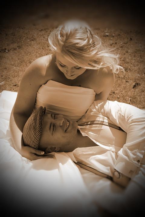 romance-411398_960_720
