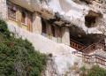 Манастири като за световно