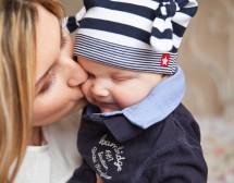 Гладене на бебешки дрехи: Защо, докога и как?