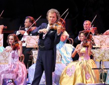 Цигуларят Андре Рийо в Кино Арена
