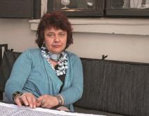 Мирела Иванова: Обичам да остря моливите си