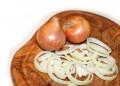 Кромидът спира рак на яйчниците