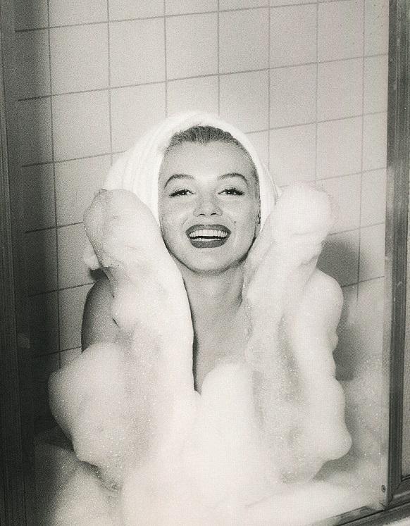 2_Andre de Dienes_Marilyn Monroe_1952_copyright Andre de Dienes