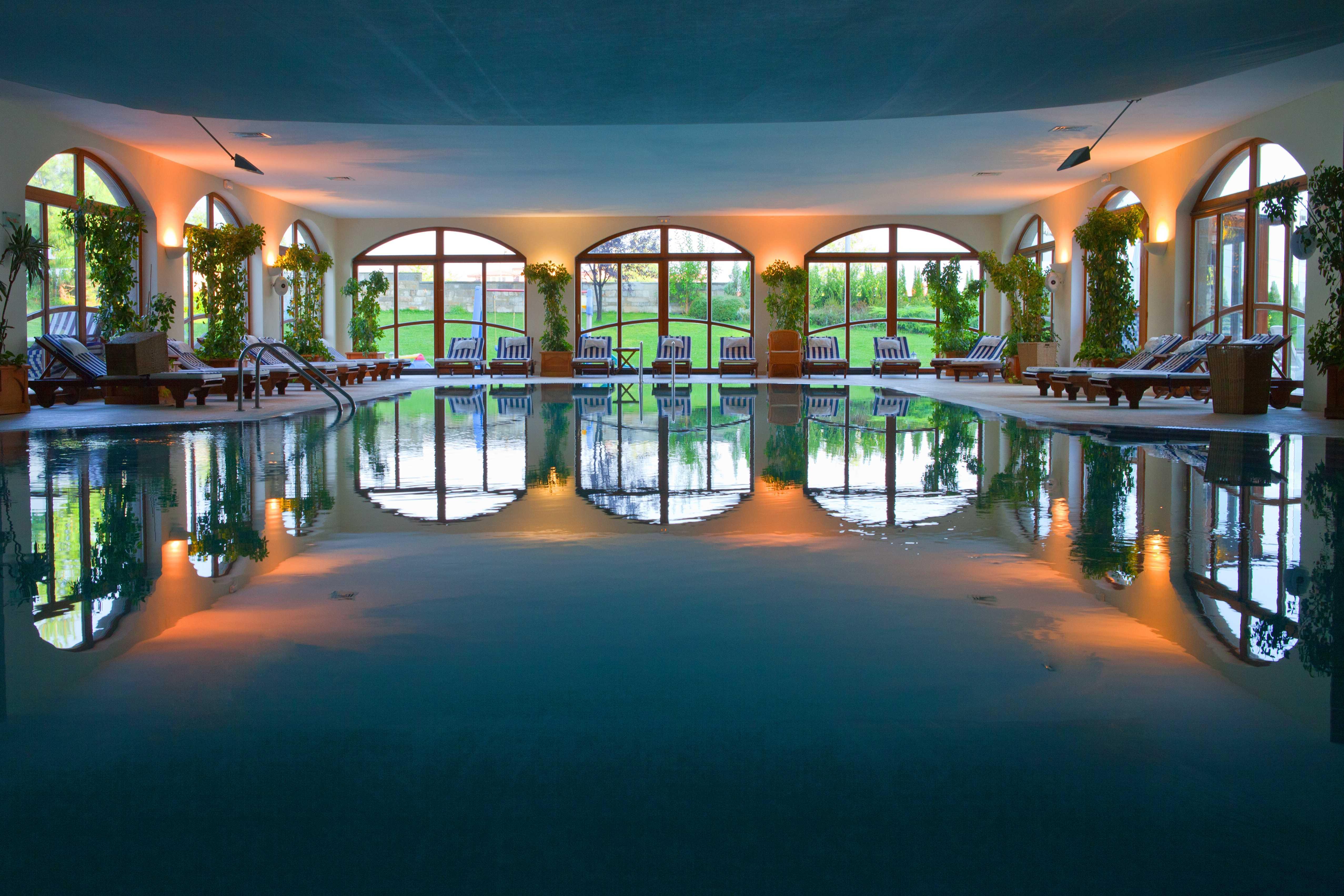 Indoor swimming pool 1_6173_Original (Copy)