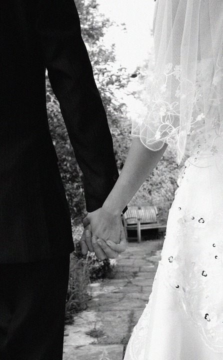 bride-187936_960_720