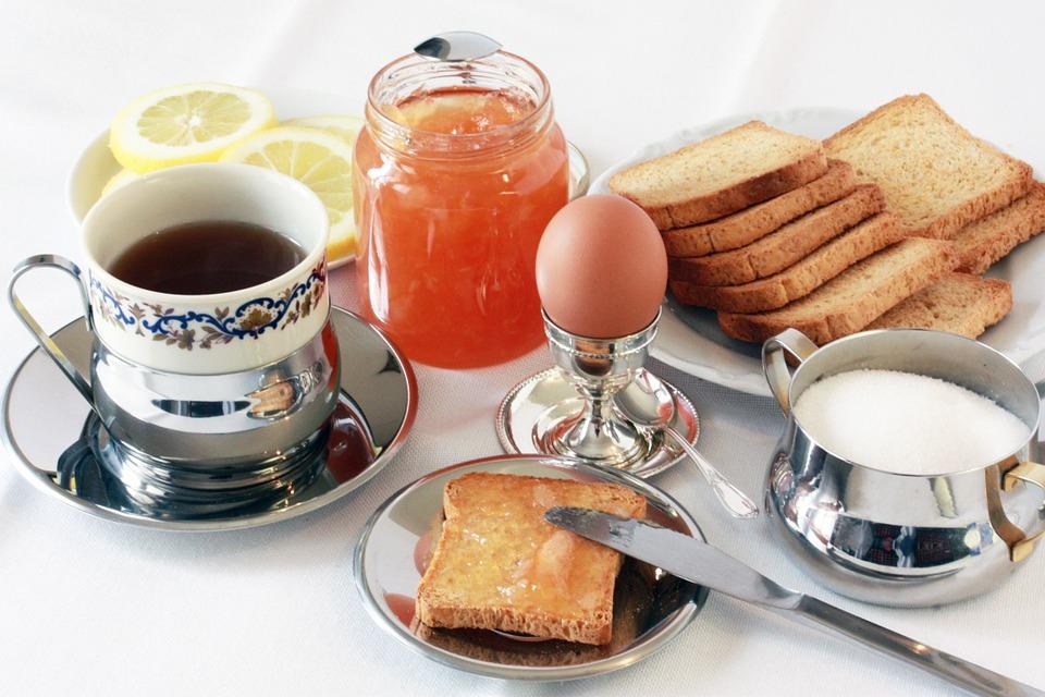 breakfast-532735_960_720