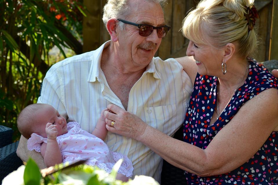 grandparents-1703766_960_720