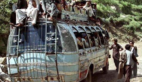 Как да качим дете в автобус 72 (без да загубим разсъдък)