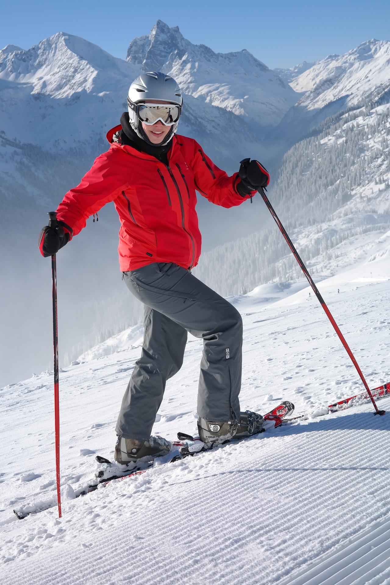 skier-999195_1920