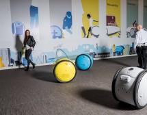"""Българка направи куфар-робот, вдъхновен от """"Междузвездни войни"""""""