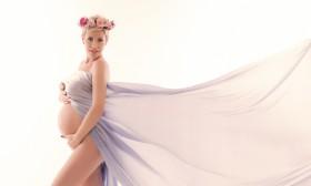Джина Стоева – майчинството й отива!