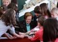 Леда Милева: Учете децата да обичат книгите!