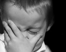 Какво да правим, когато детето са страхува от тъмното?