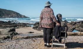 Остаряваме, защото виждаме, че и другите остаряват