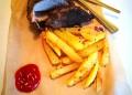 Печена свинска плешка и печени картофки