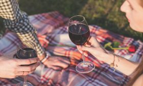 Алкохолизмът засяга по-сериозно жените, отколкото мъжете
