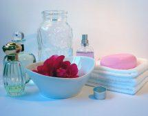 Не съхранявайте парфюми в банята