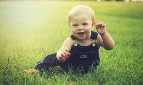 Не мъчете бебето да сяда, ходи, говори…