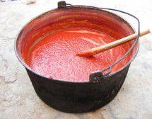 Бабиният доматен сос