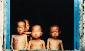 Забранени истории, пренесени тайно извън Северна Корея