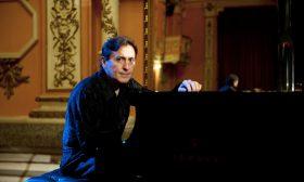 Вълшебна музика за пиано тази есен