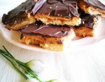 Шоколадово-карамелени квадрати