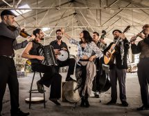 Страстна история с Barcelona Gipsy Balkan Orchestra
