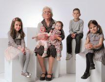 Фамилията на баба Дека, в която винаги има място за още деца