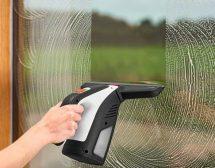 Миенето на прозорци като удоволствие