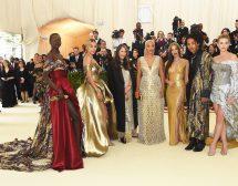 Met Gala с роклите на H&M