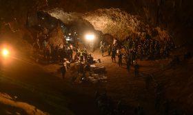 """""""Спасяването на децата от тайландската пещера"""" по Discovery"""