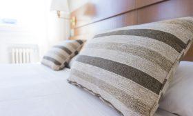 Защо да перем новото спално бельо?