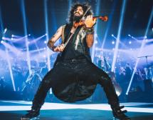 Ара Маликян – любимият цигулар на Алмодовар и Саура