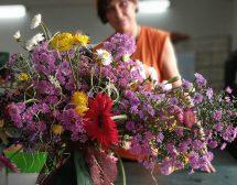 Българка с приз от конкурс по флорален дизайн в Португалия