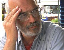 Какво чете писателят Христо Карастоянов