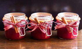 За снахите, свекървите и сладкото от горски ягоди