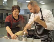 12 любител-готвачи и Андре Токев твориха ретро гозби (рецепти)