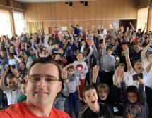 Български влогър се нарежда сред най-продаваните автори