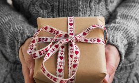 Идеи за подарък за мама за Коледа