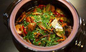 Капама ( дивеч със зеленчуци ) от Елена Маринова