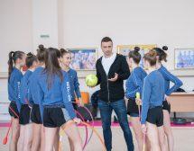 Димитър Бербатов в подкрепа на художествената гимнастика