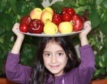 Как да научим децата да обичат здравословна храна