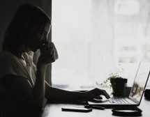 Как да престанете да мислите за някого?