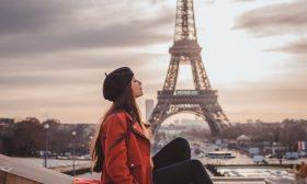 """""""Писма от Париж"""" – история за маските, с които крием сърцето си"""