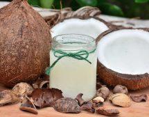 Кокосово масло – ползи в кухнята и козметиката
