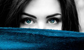 Любов според цвета на очите