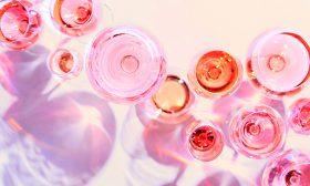 Розовата мода, или за хамелеона във винения свят